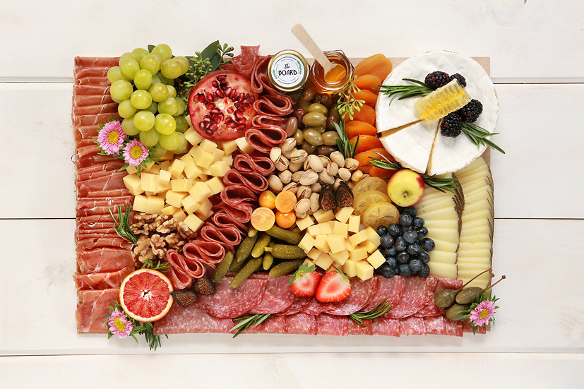 Cheese & Charcuterie Board - Medium