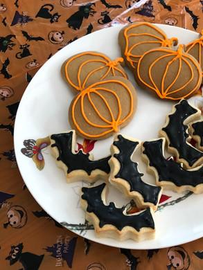 Ginger Pumpkins and shortbread bats