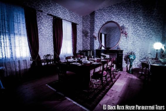 Black Rock House dining room
