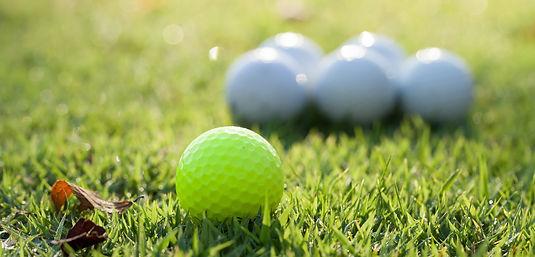 golf-ball-green-field.jpg