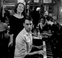 Mieko et Mika Au Piano Bar