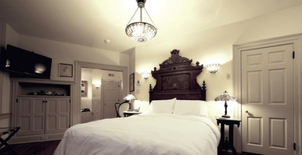 Magnolia Suite Bedroom