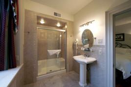 Copper Beech Suite Bath