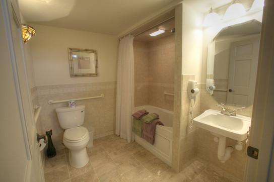 Hazenut Room Bathroom