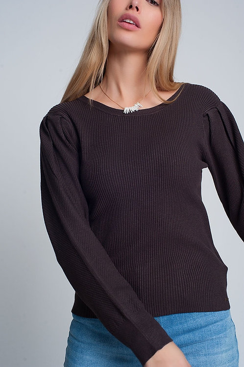 Brown Sweater With Long Sleeves and Shoulder Ruffles