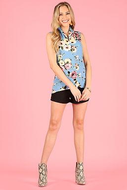 3001 Print, sleeveless, V-neck mandarin collar top, relaxed fit.