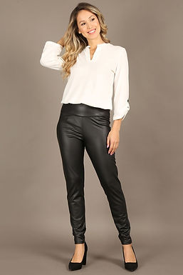 1323 Faux leather pants with banded waist and skinny fit.