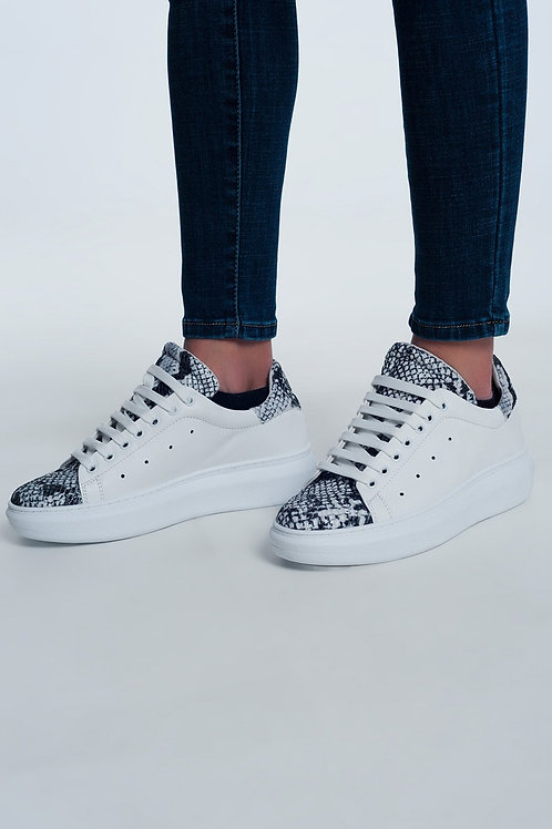 Sneakers in Snake Mix