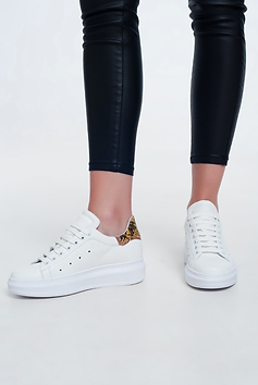 Pointed lace up sneakers in yellow snake