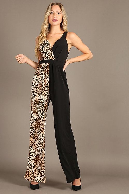 1292 Color block, sleeveless jumpsuit, v-neck, loose fit leg.