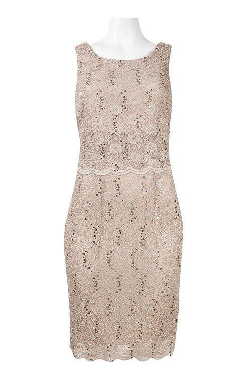 Cachet  SIZE 6 Boat Neck Sleeveless V-Back  Floral Lace Dress