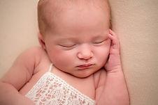 Copy of Newborn 19.11.jpg