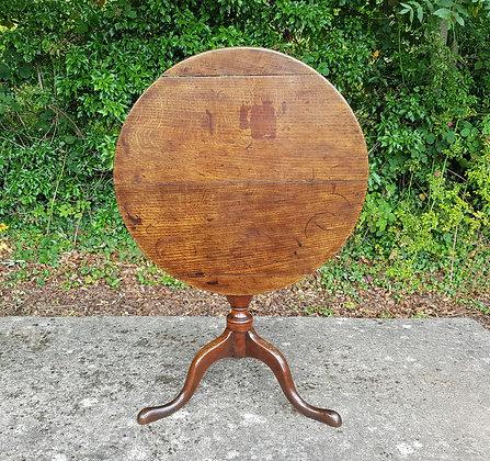 18th Century George III Oak Tilt Top Table