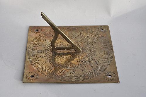 Cadran solaire - armoiries et devise - XVIIIème
