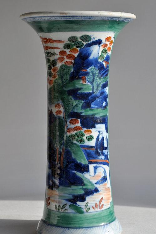 Chine - Vase en porcelaine polychrome - XVIIIème