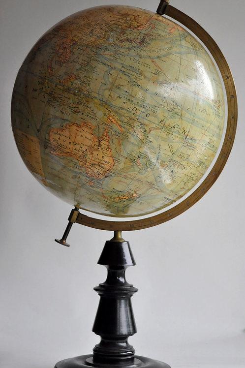 J-forest (1910-1930) - Globe Terrestre