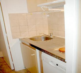 alb4_kitchen_right_side-330x295jpg