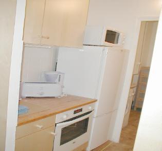 alb4_kitchen_left_side_2-315x295jpg