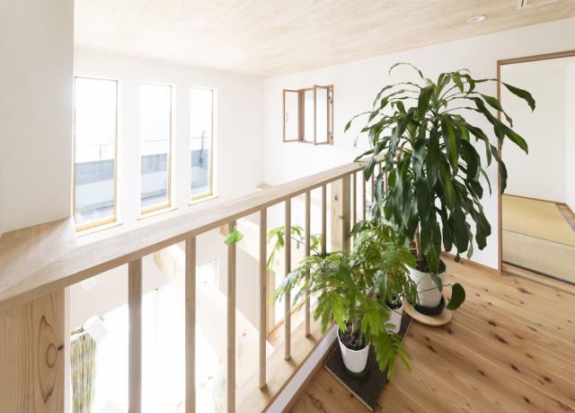 2階階段ホール