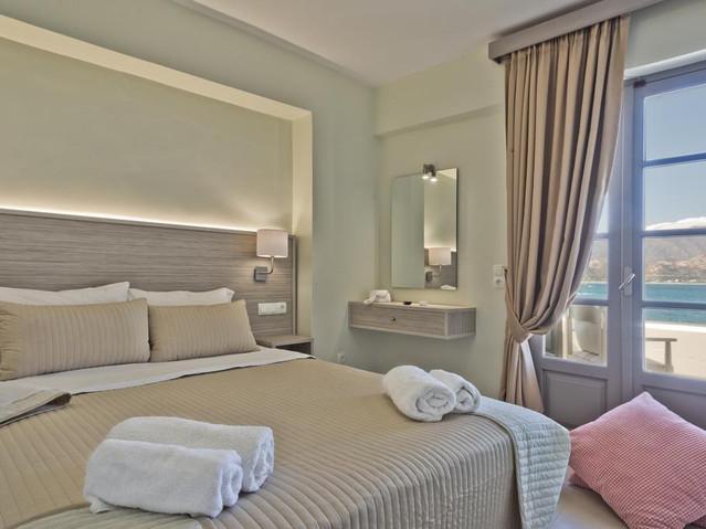 Nereus Luxury Suites