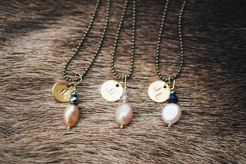 Jagd-Liebe Süsswasser Perlenkette mit Glasstein