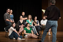 Marnie Art Coaching | Cours de Théâtre collectif