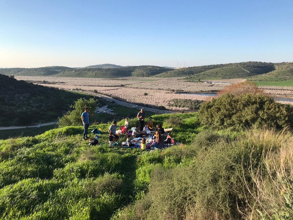 Lab picnic at 'Givat Haturmusim'