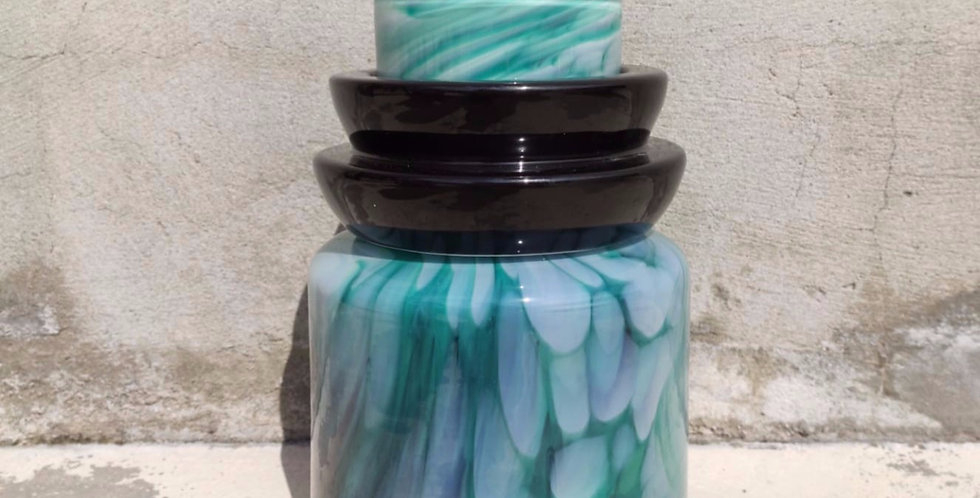 Green vase Totem #4 - 1 black ananas ring
