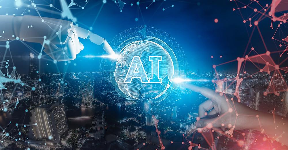 Mano de robot interactúa con una mano humana. Ambas están conectadas por un icono digital de Inteligencia Artificial.