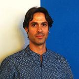 David se encarga de las redes y marketing digital de Vallecas Telecom