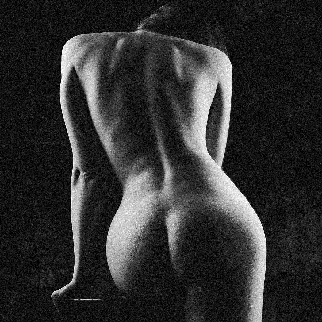 Erotine Fotosesija | Nuogo Kūno Fotografija| menine fotgrafija | menine fotosesija