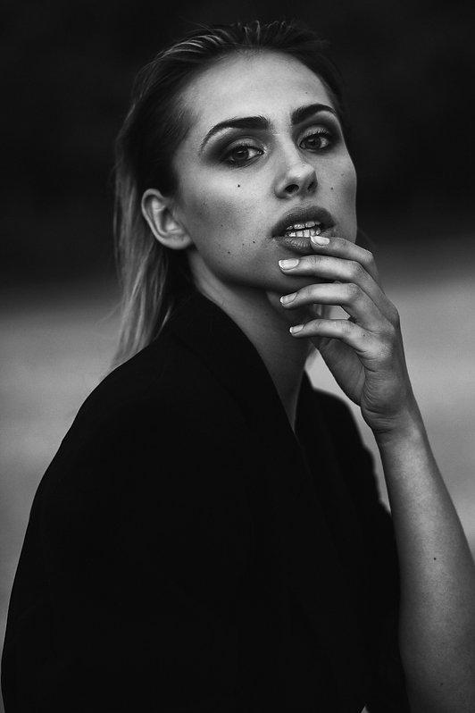 Įvaizdinė modelio fotosesija | mados fotografas |  Mados fotografija | Modelio fototestas | Kaunas | Lietuva | Asmenine fotosesija