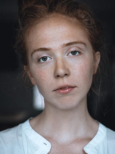 Carly Kelione i Ispanija 2019 WEB (6 of