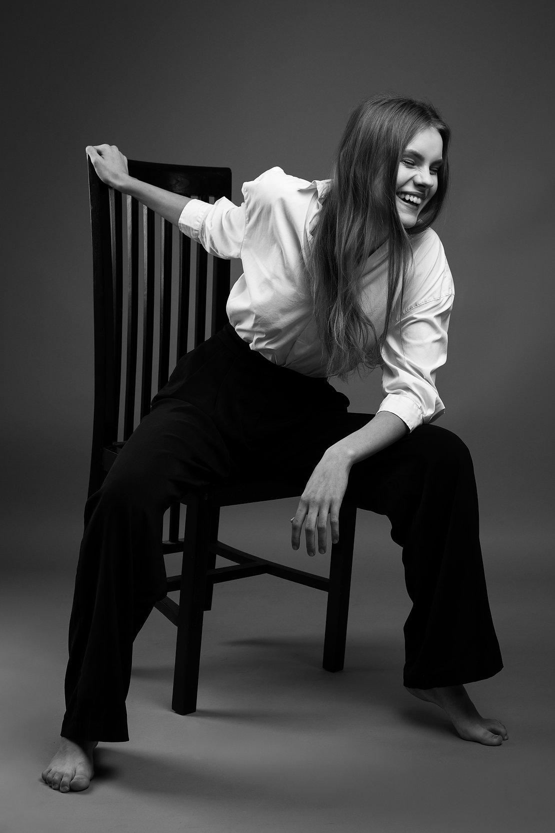 Rasos Įvaizdinė fotosesija | Asmeninė fotosesija | modelio fototestas | Modelio portfolio ruosimas | juodai balta fotografija | Mados fotografija | Mados fotografas - Edgaras Bajercius