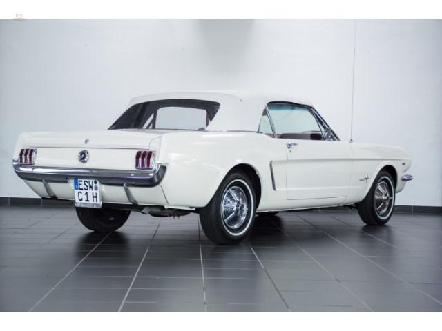 1964-12-Ford-Mustang-Convertible-3.jpg