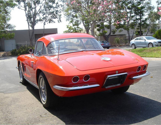 1962-Corvette-C1-1.jpg