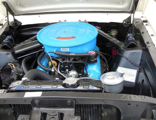 1964-12-Ford-Mustang-Convertible-18.jpg