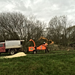 We carry out full and partial site clearances with the removal of trees and management of vegetation on roads, motorways, highways, commercial property and building sites.