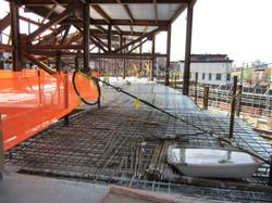 Rebar on metal deck foundation