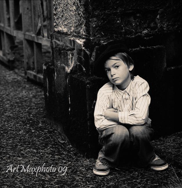 Artur-pod-zaborom.jpg