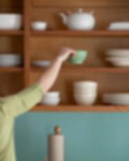 Armadio da cucina organizzato