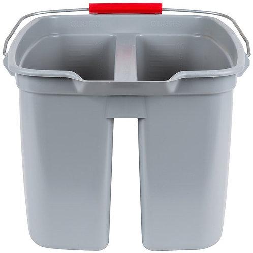 Rubbermaid 19 Qt. Divided Gray Bucket