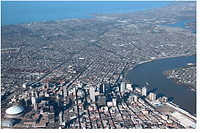 New-Orleans-between-Mississippi-river-ri