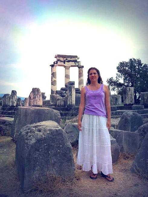 Tamara-Delfos-Atenea editado.jpg