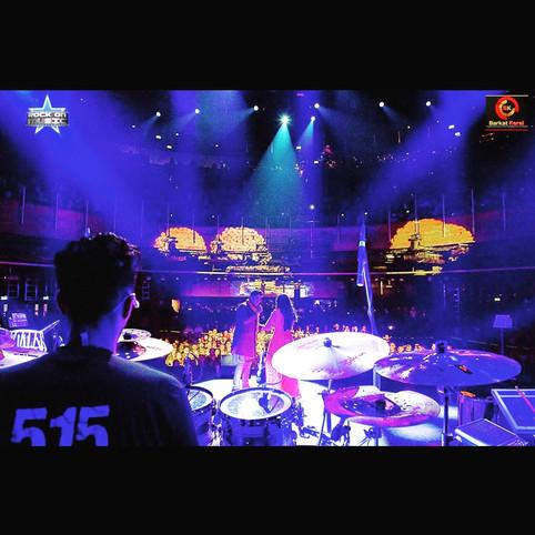 Indian Idol Tour indigo-02