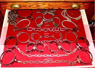 drawer3_01.jpg