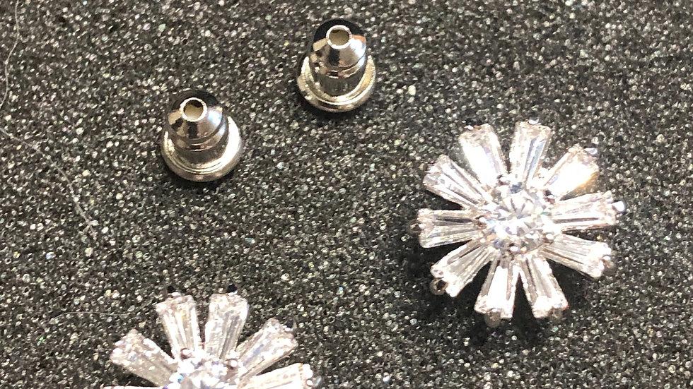 Star Flower Diamond Stud Earrings