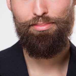 prevent itchy beard with pili oil