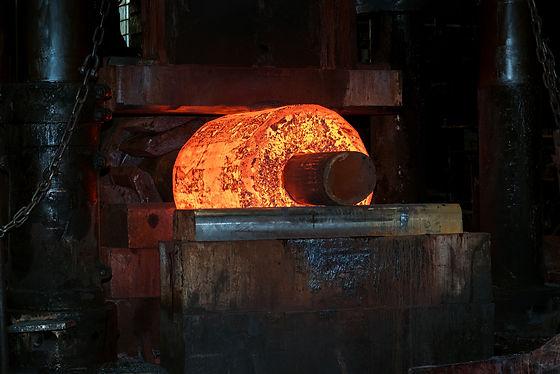 3000 tons foging press