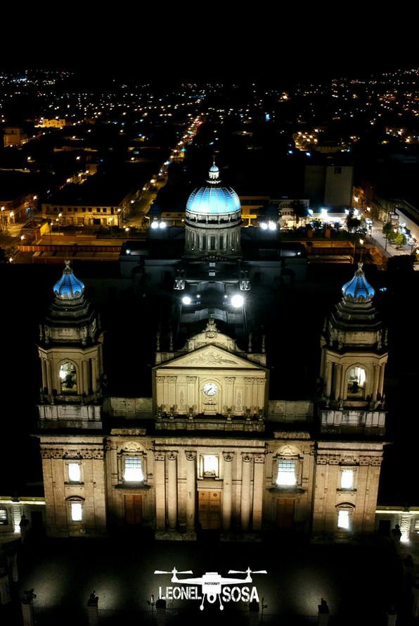 Inauguración Proyecto de Iluminación Catedral Metropolitana en Ciudad de Guatemala